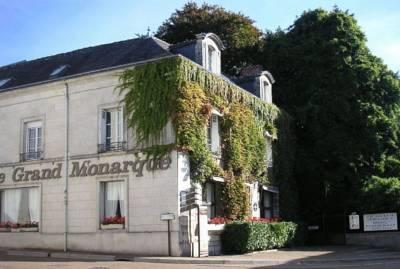 Loire valley wine tours discover france - Hotel le grand monarque azay le rideau ...